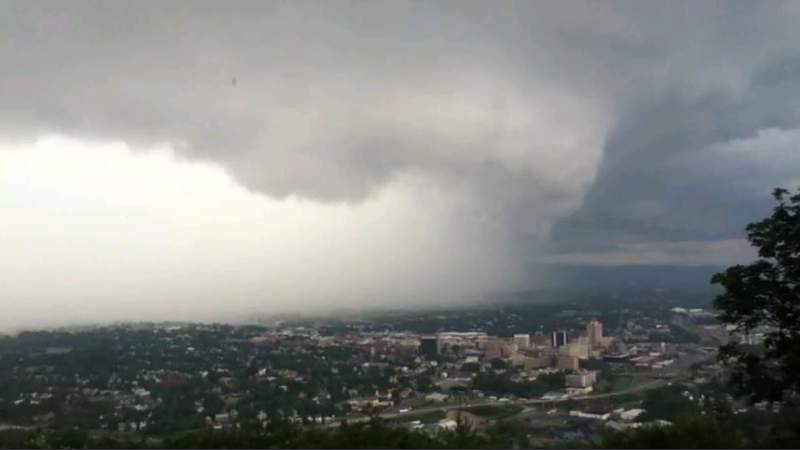 A storm closes in on the city of Roanoke