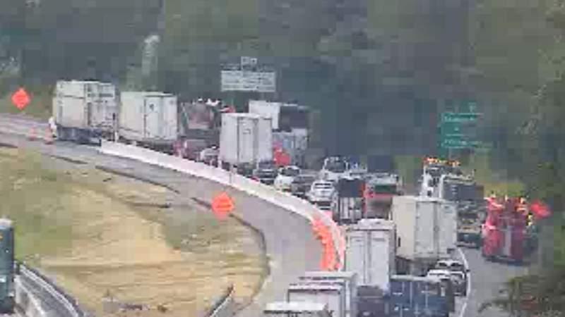 Southbound traffic on Interstate 81 at mile marker 143. Screenshot taken at 2:52 p.m. on June 2, 2021.