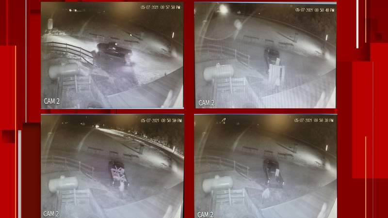 Man steals picnic table and scythe from Olde Mill Primitives, police say.