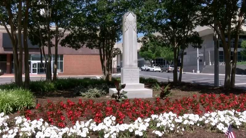 Roanoke City Council could consider removing monument