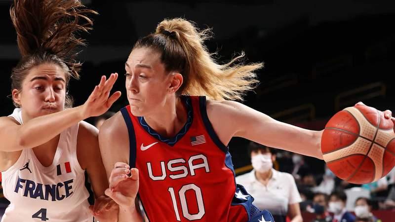 Breanna Stewart drives for the U.S. women's basketball team against France on Monday.