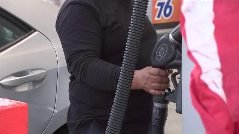 High gas prices expected to continue as people unnecessarily buy gas