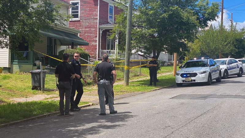 Police searching for two men after Lynchburg shooting