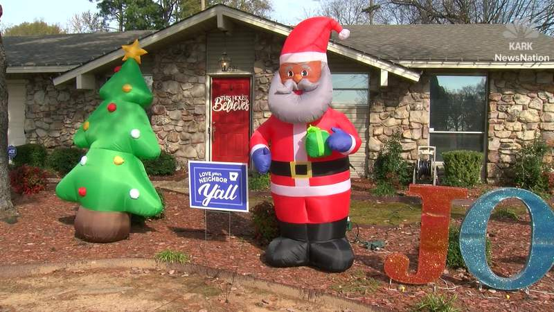Racist letter targets Black Santa