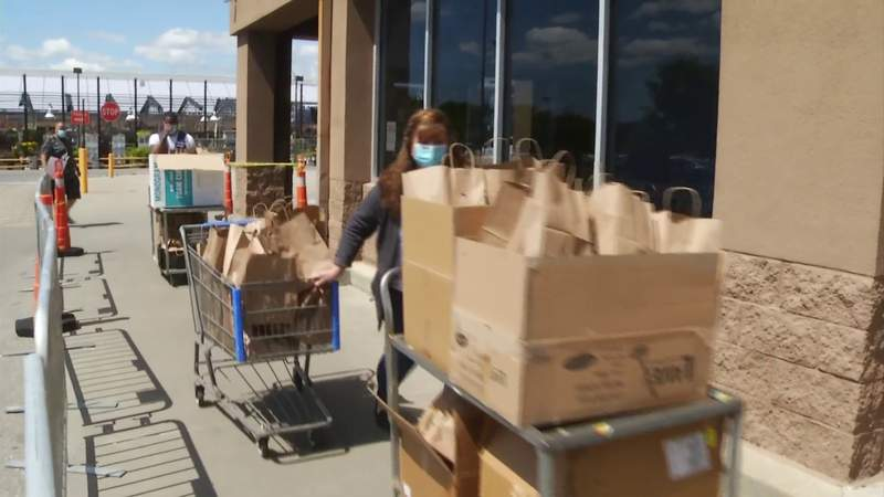 Food for Frontline initiative serves Walmart employees