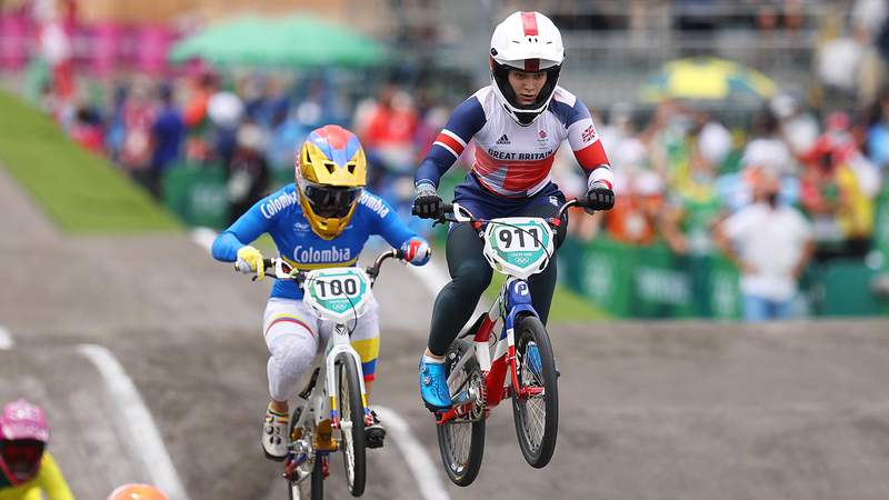 TOKYO, JAPAN - JULY 30: (L-R) Mariana Pajon of Team Colombia and Bethany Shriever of Team Great Britain as they jump during the Women's BMX final on day seven of the Tokyo 2020 Olympic Games at Ariake Urban Sports Park on July 30, 2021 in Tokyo, Japan. (Photo by Francois Nel/Getty Images)