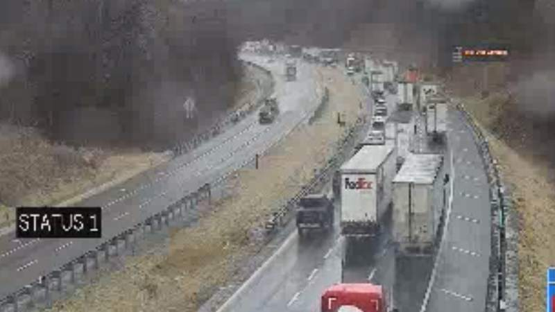 Authorities respond to crashes along I-77 in Carroll County
