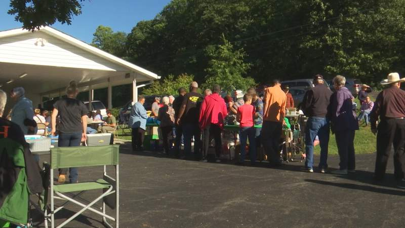 Hundreds of people bought a meal on the grill Sunday to support a Catawba farmer recovering after a brutal accident.