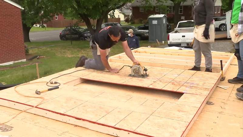WSLS 10 team volunteers on 'Home for Good' project