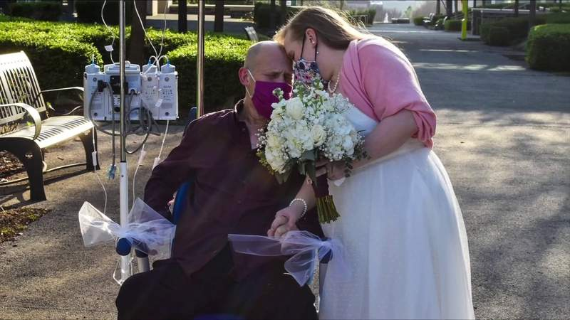 Martinsville couple marries after serious diagnosis