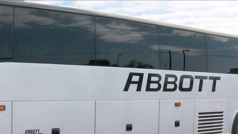 Abbott Tours giving refunds