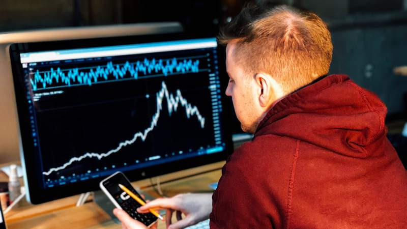 Learn about long term financial sercurity with these 11 courses