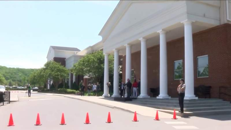 Local churches adjust to new way of worship
