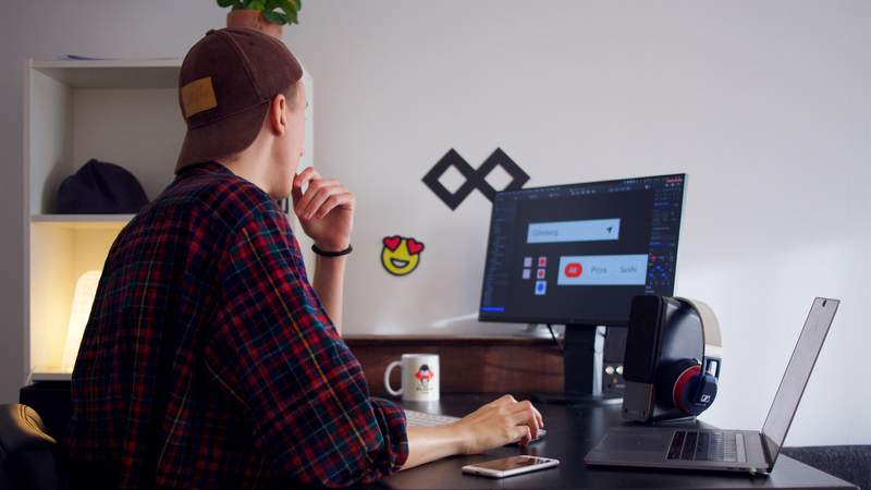 Learn to master Adobe's Creative Cloud suite with these comprehensive courses.
