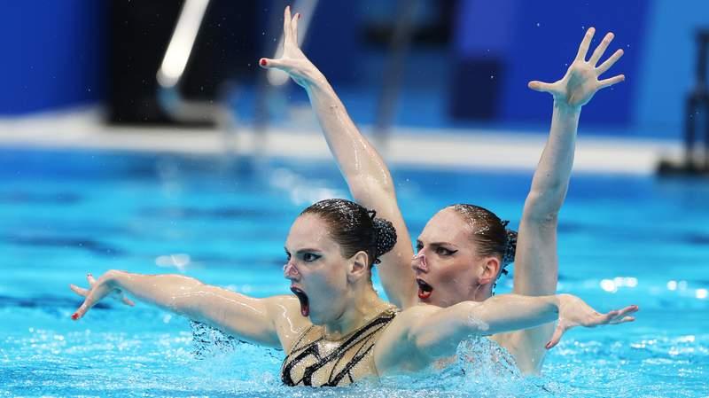 Svetlana Kolesnichenko and Svetlana Romashina of ROC compete in the free routine preliminary on day ten of the Tokyo 2020 Olympic Games