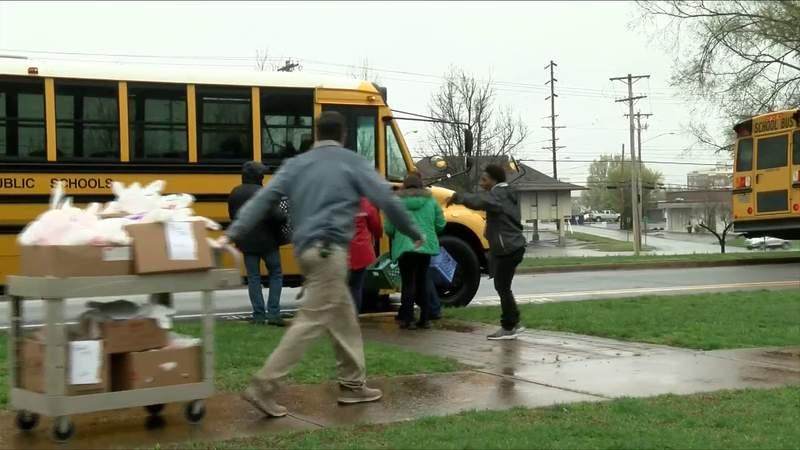 Lynchburg schools making sure kids get fed during closings