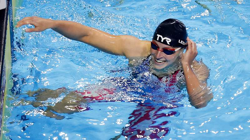 Katie Ledecky won the women's 800m freestyle Saturday at U.S. Trials, setting up a potential distance sweep at this summer's Olympics.