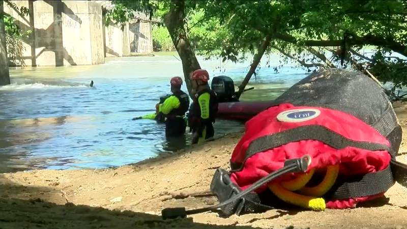 Lynchburg fire crews train for swift water rescues