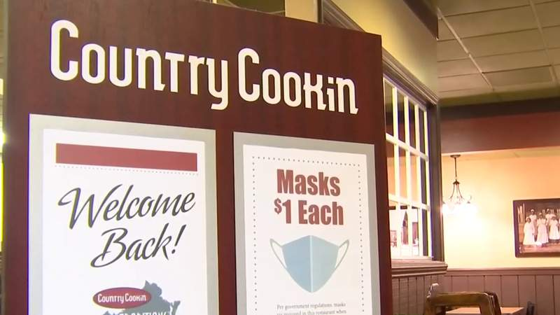 Country Cookin is closing all of its locations