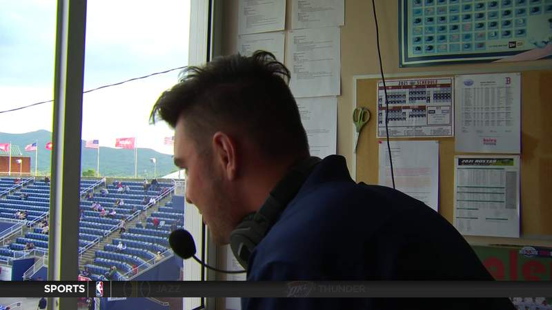 Virginia Tech broadcaster announcing for Salem Red Sox