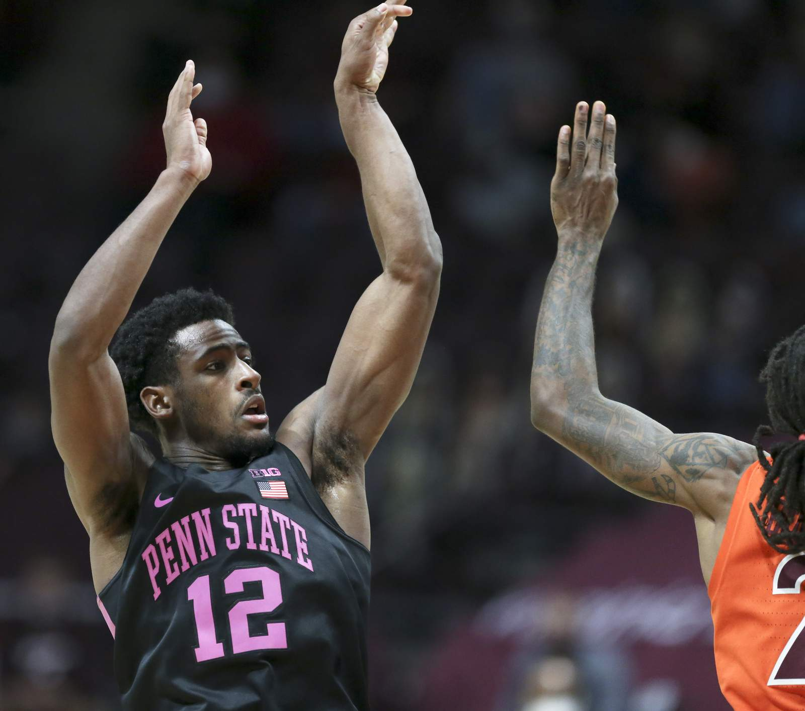 Brockington Leads Penn St To 75 55 Rout At No 15 Virginia Tech