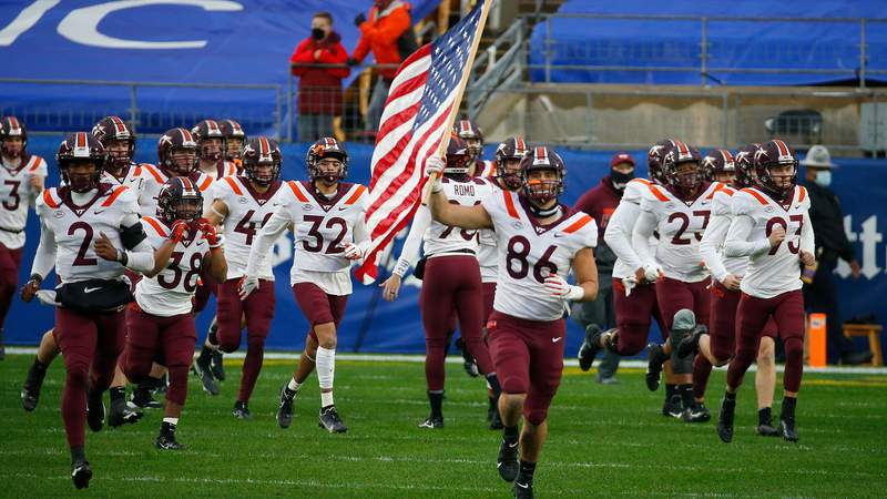 The Virginia Tech Hokies take the field against the Pittsburgh Panthers at Heinz Field on November 21, 2020 in Pittsburgh, Pennsylvania.  (Photo by Justin K. Aller/Getty Images)