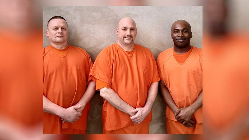 These three inmates are credited with saving a deputy's life.