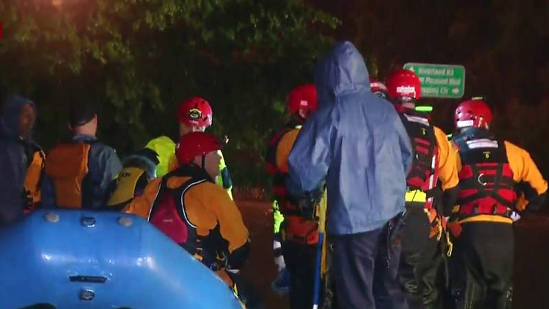 Crews perform swift water rescue in Roanoke