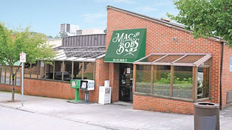 Mac and Bob's in Salem