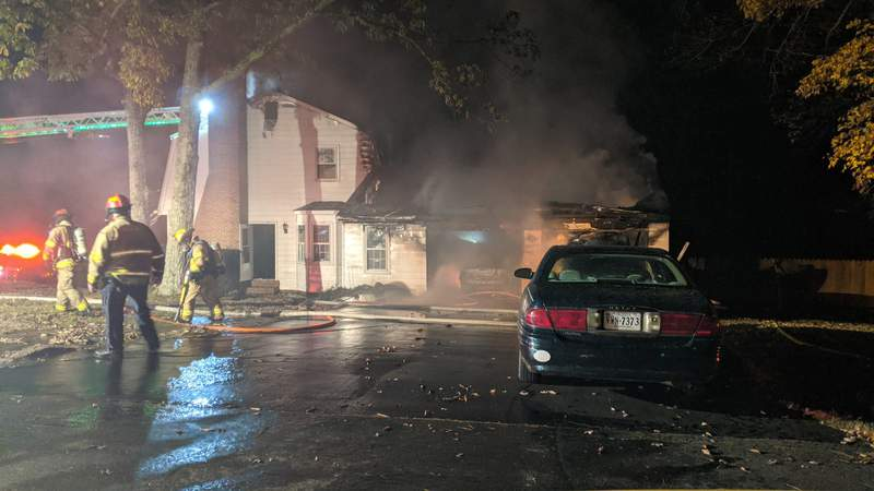 Crews are responding to a fire Friday night in Roanoke just off of 460 near Chick-fil-A on Sourwood Street.