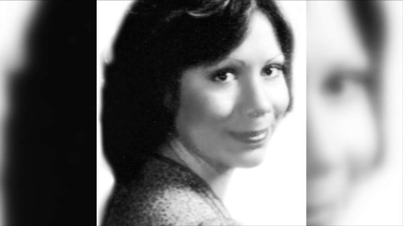 Gina Renee Hall was murdered in 1980. Her body has never been found. Stephen Epperly is convicted in her death.
