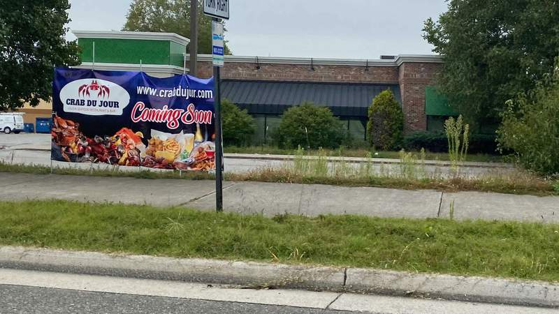 Crab Du Jour is 'coming soon' to Valley View Boulevard in Roanoke. Picture taken on Sept. 24, 2020, along Valley View Boulevard.