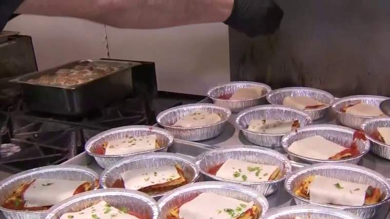 Food for Frontline: Roanoke Police Department treated to lunch