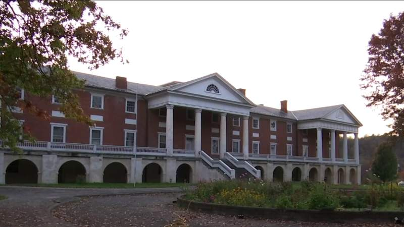 Sweet Springs hosts paranormal tours